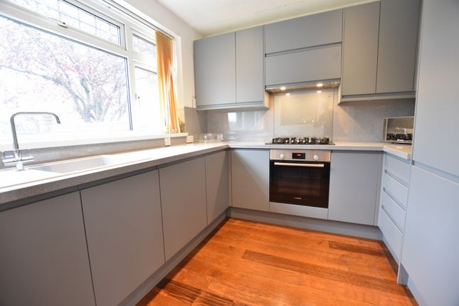 Thumbnail Detached house to rent in Scotts Avenue, Bromley