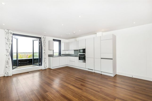 Thumbnail Flat to rent in Wagtail Court, 34 Pipit Drive, Putney, London