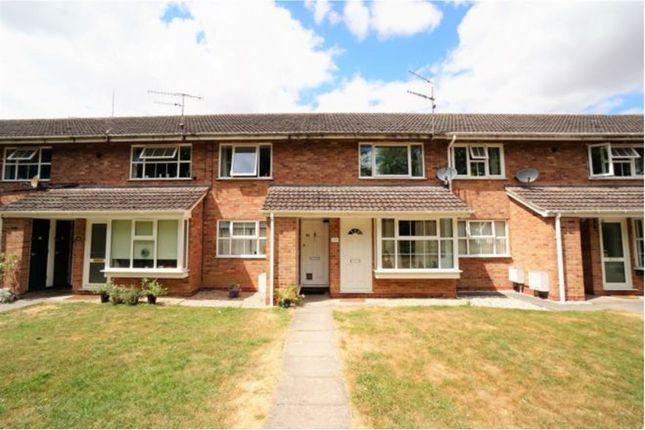 Thumbnail Maisonette to rent in Chesford Grove, Stratford-Upon-Avon