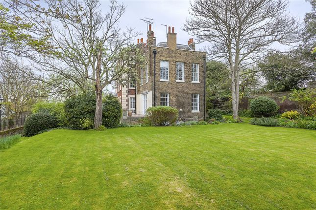 Thumbnail Flat for sale in Park Hall, Crooms Hill, London