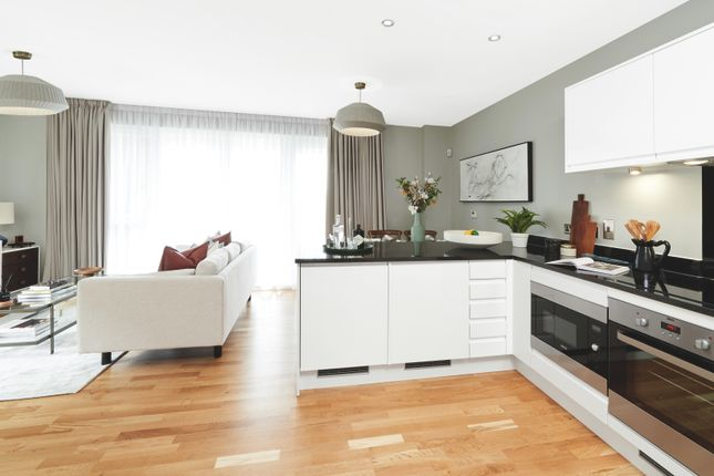 Kitchen/Living of Greenwich High Road, London SE10