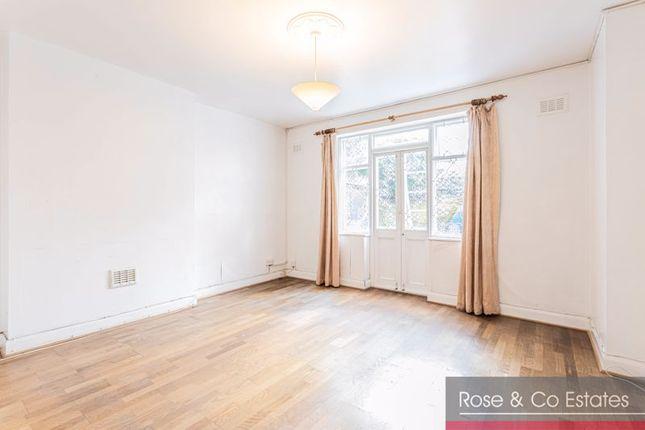 2 bed flat to rent in Brondesbury Villas, London NW6