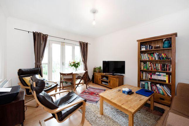 1 bed flat to rent in Eastway, Hackney E9