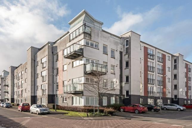 Thumbnail Flat for sale in Lapwing Road, Renfrew, Renfrewshire