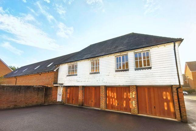Thumbnail Flat to rent in Farriers Lea, Haywards Heath