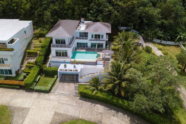 Villa for sale in Botan Village, Thailand