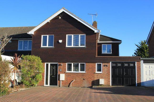 4 bedroom semi-detached house to rent in Hurst Close, Staplehurst, Kent
