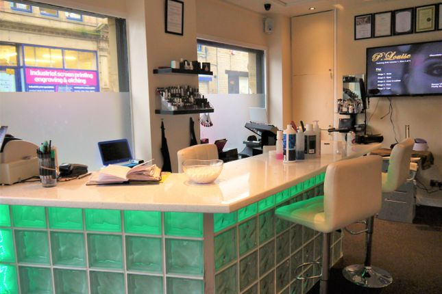Retail premises for sale in Beauty, Therapy & Tanning HX1, West Yorkshire