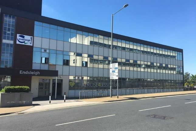 Office to let in Kingsway, Burnley