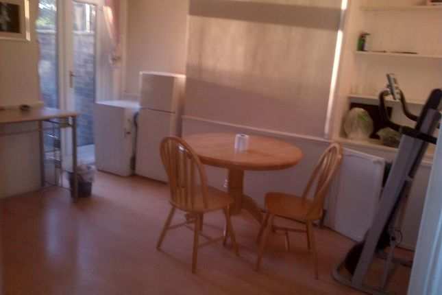 Thumbnail Terraced house to rent in Croft Street, Salford