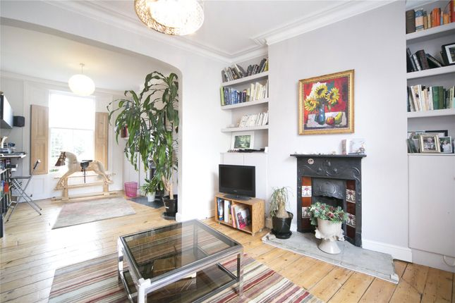 Thumbnail Terraced house to rent in Fremont Street, South Hackney