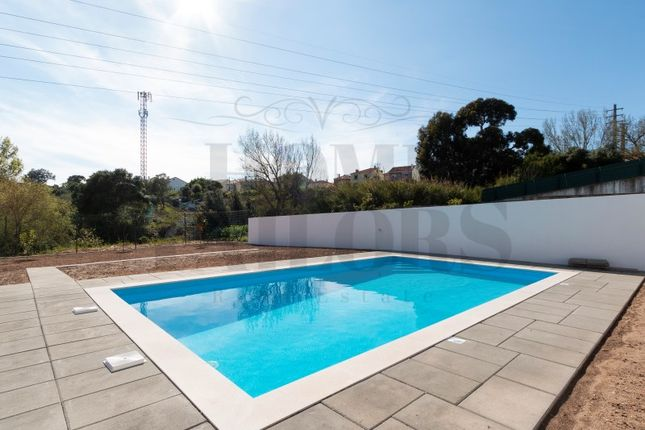 Apartment for sale in Odivelas, Odivelas, Lisboa