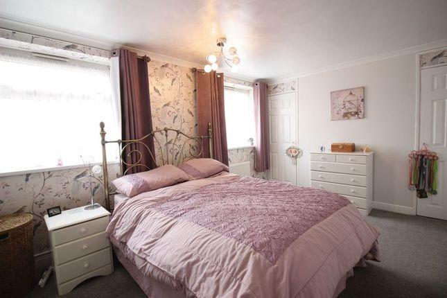 Bedroom One of Hornbeams, Harlow CM20