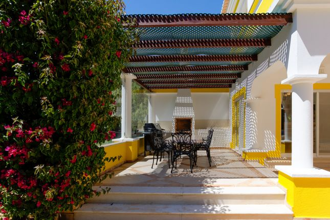Barbecue Terrace of Alvor, Portimão, Portugal