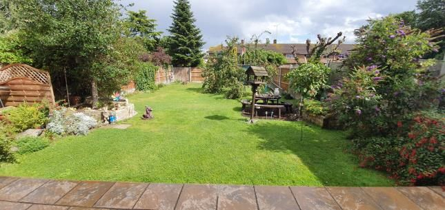 Garden of Battleswick, Basildon SS14