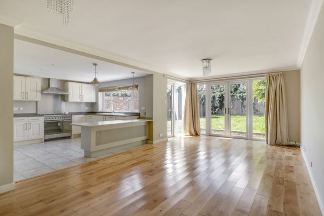 Thumbnail Semi-detached house to rent in Cedar Drive, Sunningdale, Ascot