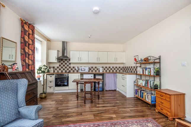 Thumbnail Flat for sale in New Road, Skewen, Neath