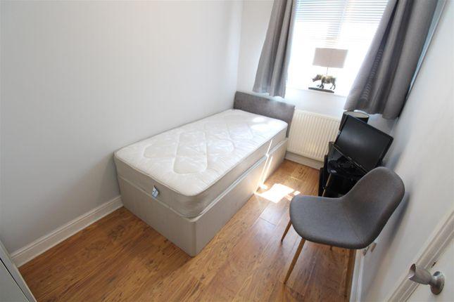 Bedroom 2 of Rydale Court, Hull HU5