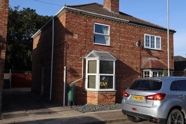 Thumbnail Semi-detached house to rent in New Street, Heckington