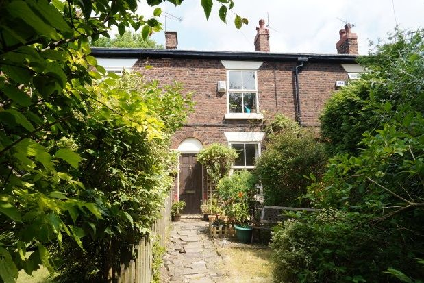 Thumbnail Terraced house to rent in Vale Close, Heaton Mersey