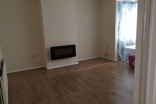 Thumbnail End terrace house to rent in Charles Street, Hounslow