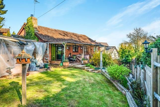 3 bed bungalow for sale in Little Hill, Great Billington, Leighton Buzzard, Bedfordshire LU7