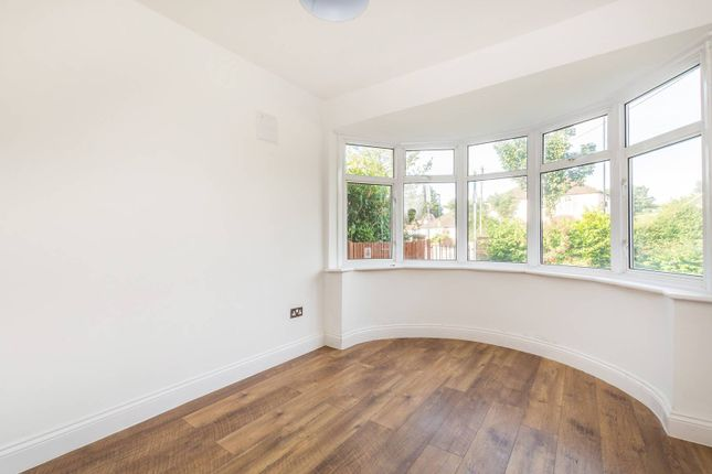 3 bed bungalow to rent in Bywood Avenue, Shirley