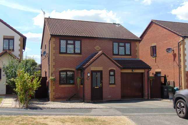 Thumbnail Detached house for sale in St Philips Drive, Evesham