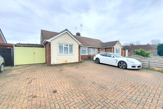 2 bed semi-detached bungalow for sale in Ash Grove, Feltham TW14