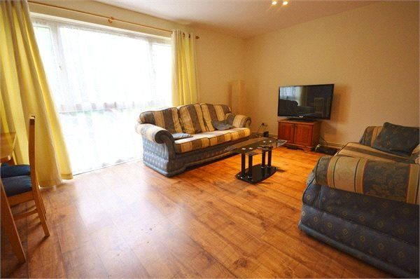 Thumbnail Flat for sale in Buttermere Place, Linden Lea, Garston, Hertfordshire