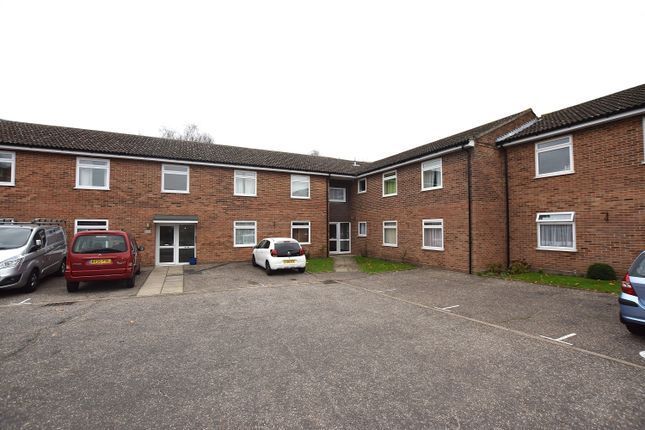 Thumbnail Flat for sale in Shortridge Court, Witham