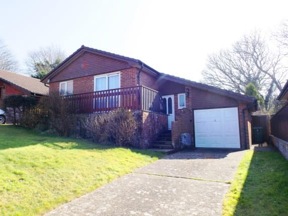 Thumbnail Bungalow for sale in Silver Trees, Shanklin