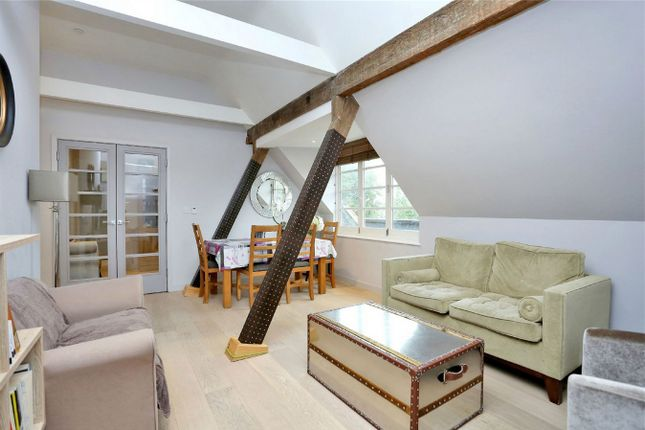 Thumbnail Flat for sale in Shaftesbury Terrace, Ravenscourt Gardens, London