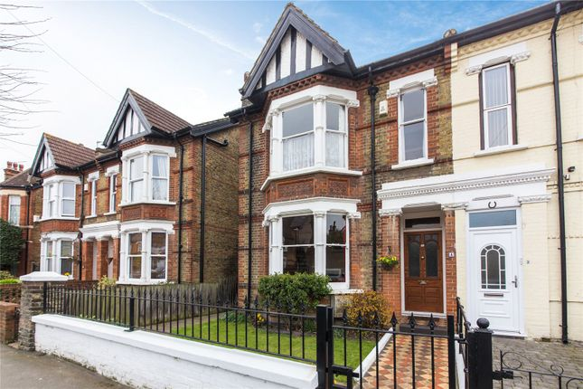 Picture No. 31 of Lennox Road East, Gravesend, Kent DA11