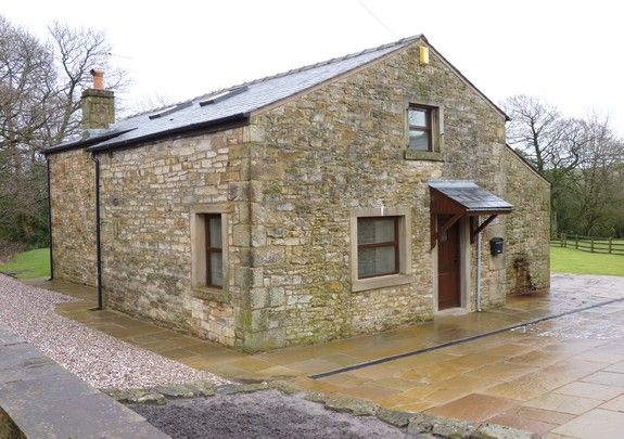 Thumbnail Barn conversion to rent in Lane Ends, Bolton-By-Bowland