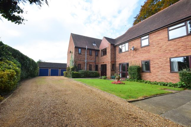 Thumbnail Flat for sale in St. Gregorys Road, Stratford-Upon-Avon