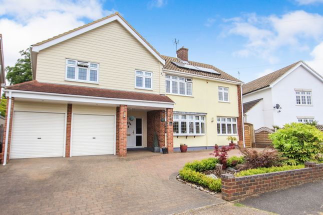 Thumbnail Detached house for sale in Kingswood Crescent, Rayleigh, Essex