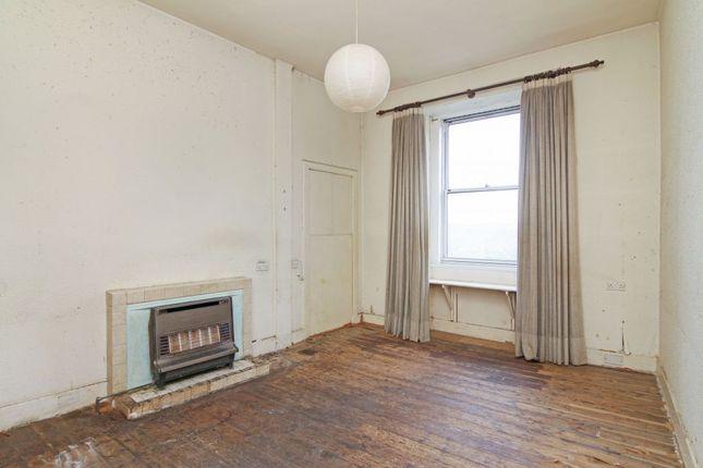 Thumbnail Flat for sale in 26/3 Merchiston Avenue, Merchiston, Edinburgh
