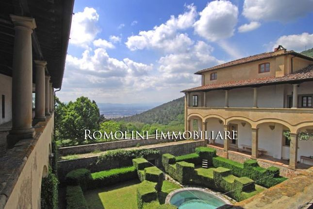 10 bed property for sale in Sesto Fiorentino, Tuscany, Italy