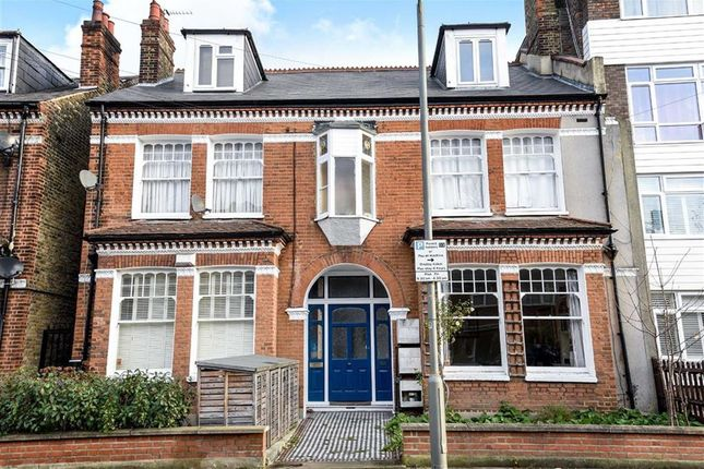 Thumbnail Flat for sale in Manville Road, London