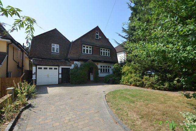 Thumbnail Detached house to rent in Warren Road, Ickenham