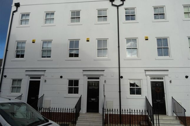 Thumbnail Terraced house to rent in The Mews, Chapel Street, Leamington Spa