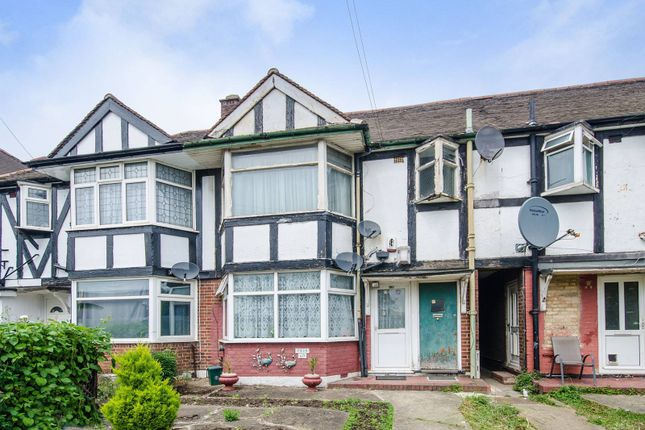 Thumbnail Flat for sale in Beresford Avenue, Alperton
