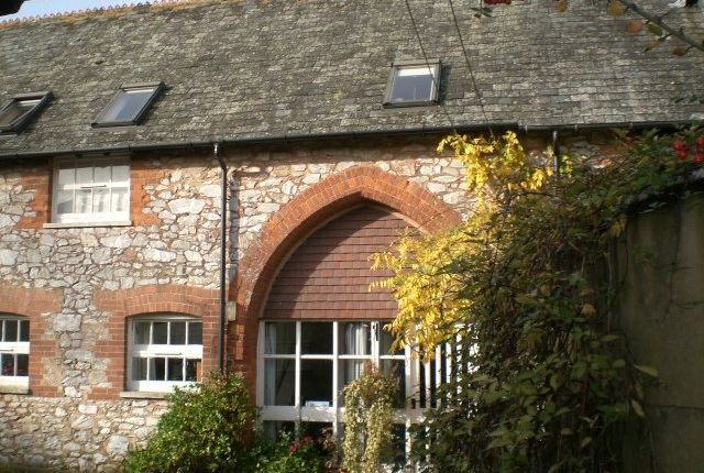 Thumbnail Barn conversion to rent in Farringdon, Exeter