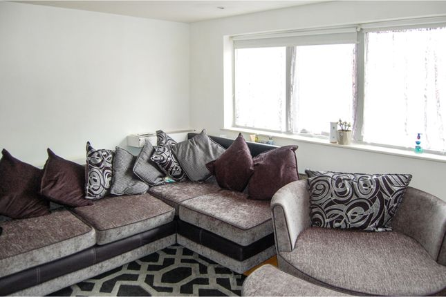 Open Plan Living of Castle Lane, Bedford MK40