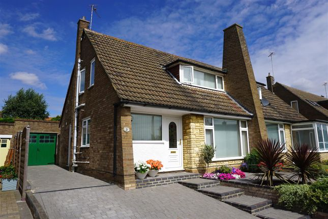 Thumbnail Semi-detached house for sale in Grovelands Avenue, Hitchin
