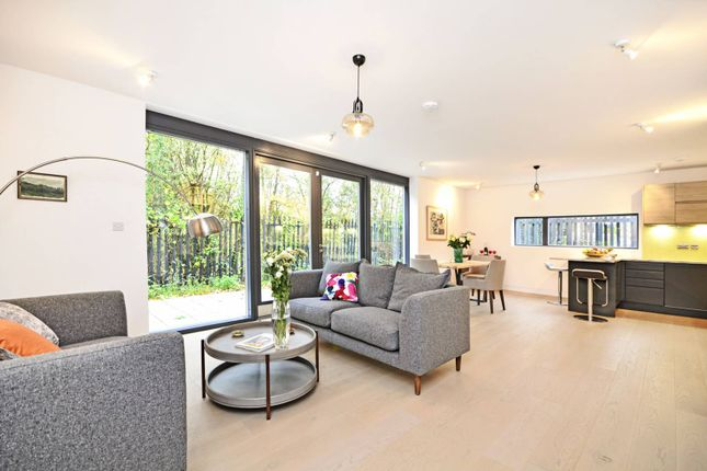 Thumbnail Property for sale in Winslow Place, Bounds Green