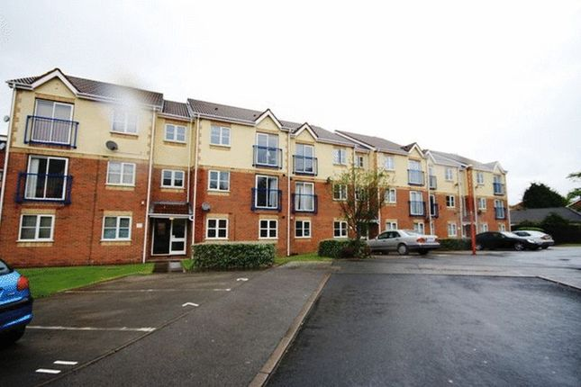 Flat to rent in Keer Court, Birmingham