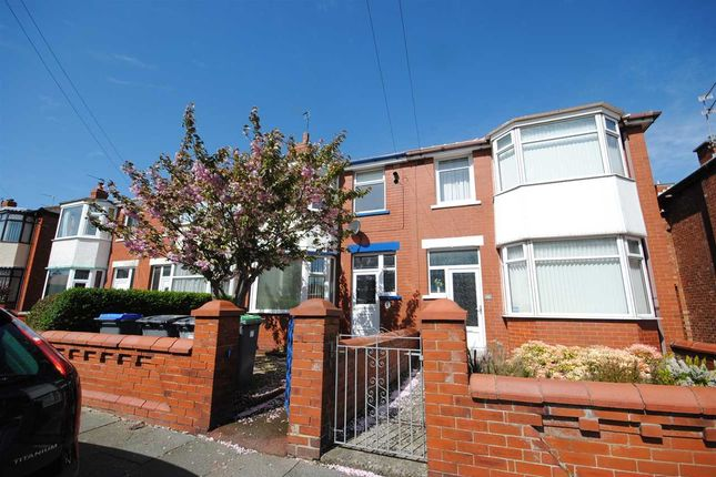 3 bed property to rent in Torquay Avenue, Blackpool