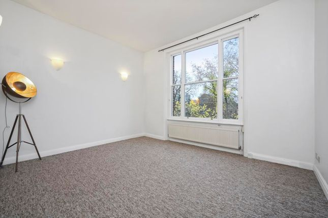 Thumbnail Flat to rent in Cleve Road, London
